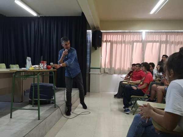IES Las Maretas - taller salud y consumo crítico - Félix A. Morales Concísate 1